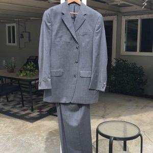 EUC Calvin Klein Gray Men's Suit Size 42L